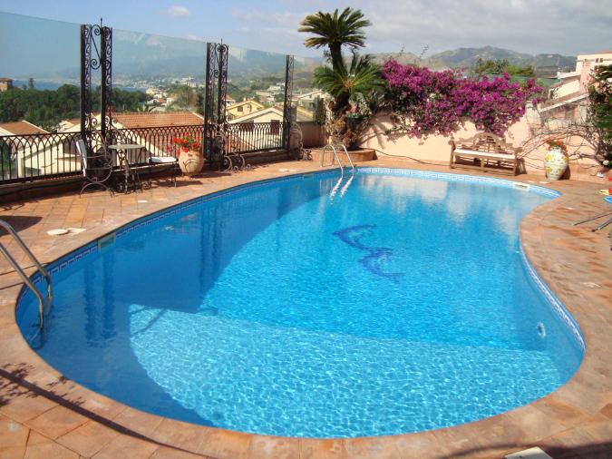 Galleria ricambi e accessori per piscine l v impianti messina - Piscina a fagiolo ...